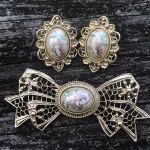 Gold Plated Ribbon Bow Brooch Pin & Ear Ring Set
